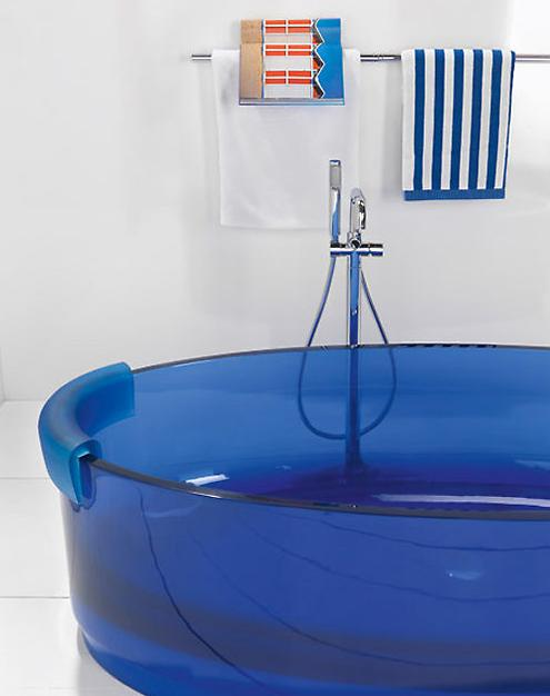 blue-bathtub2 Brilliant Bathtubs
