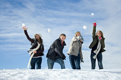 snowball-fight Outdoor Winter Fun On The Cheap